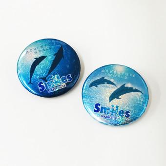 マリンライブ「Smiles」ホログラム缶バッジ -1